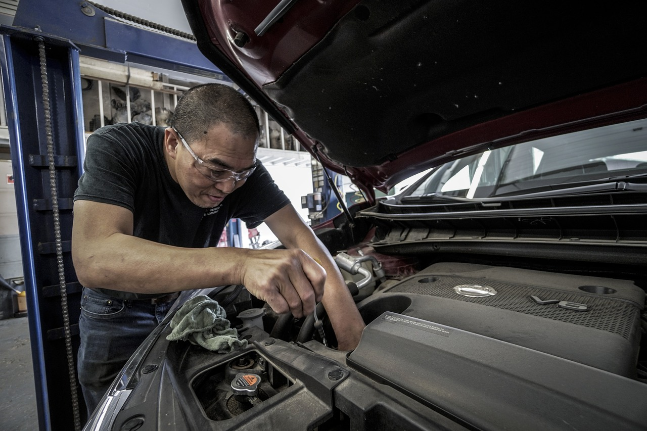Bilreparationer inför och på tävling